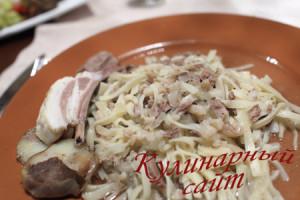 Beshbarmak at kirghiz restaurant