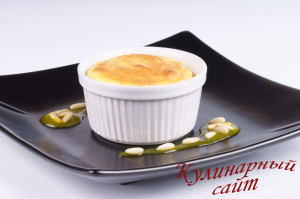 Lemon and ricotta souffle